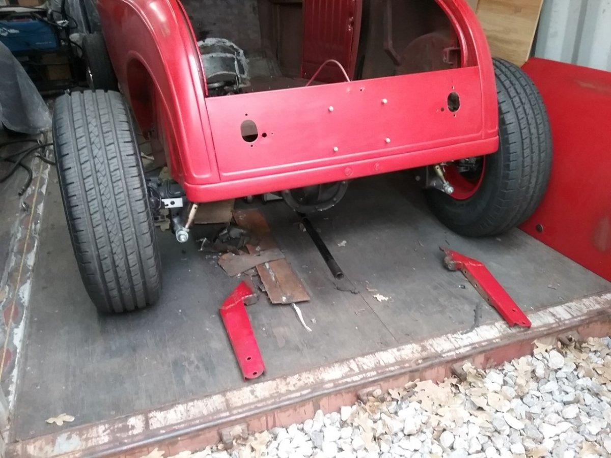 red roadster 70.jpg