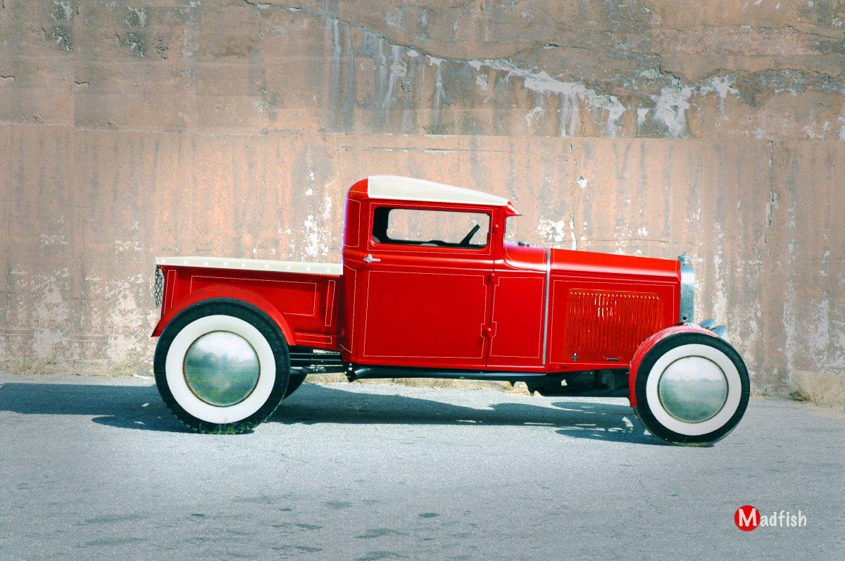 red truck w fenders.jpg