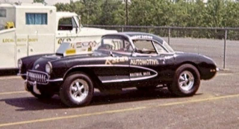 Reid's Automotive and vette.jpg