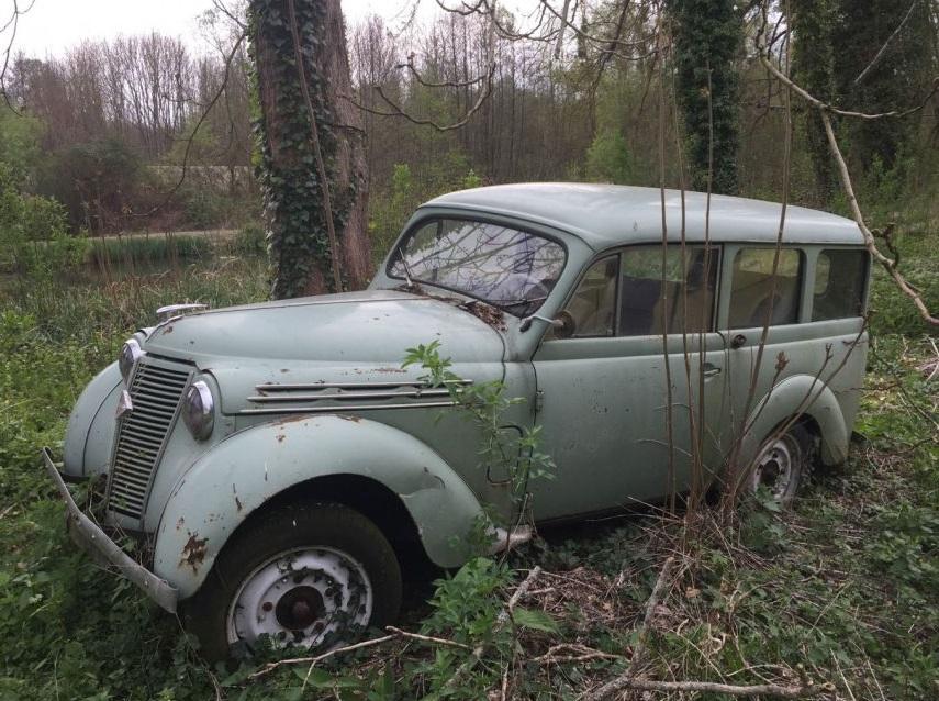 Renault Juvaquatre.jpg