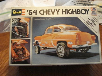 revell-1954-chevy-highboy-door-post_1_ae221d5b0d4d7b5c43b2a75814615a74.jpg