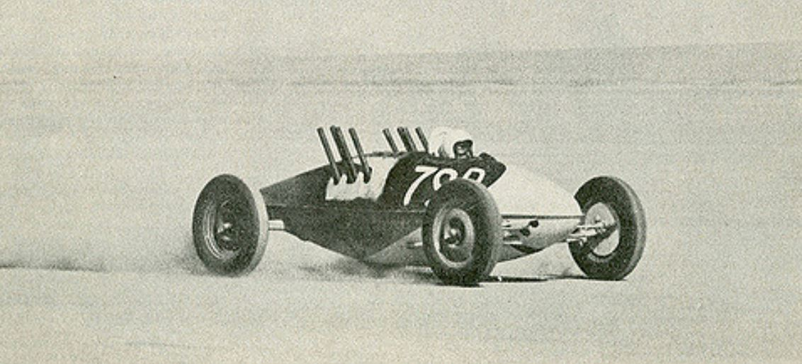 Richard Crow in his D Lakester, Bonneville 1963.JPG