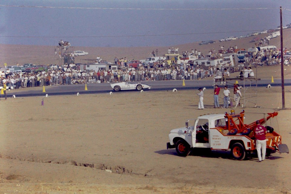 Riverside 1965 The big Ford rumbles past.jpg