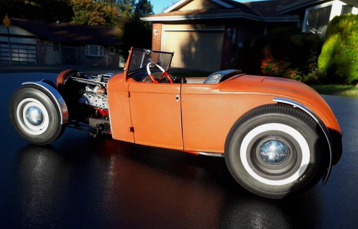 Roadster-1.jpg