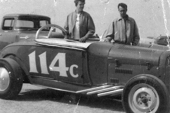 roadster 114c.jpg