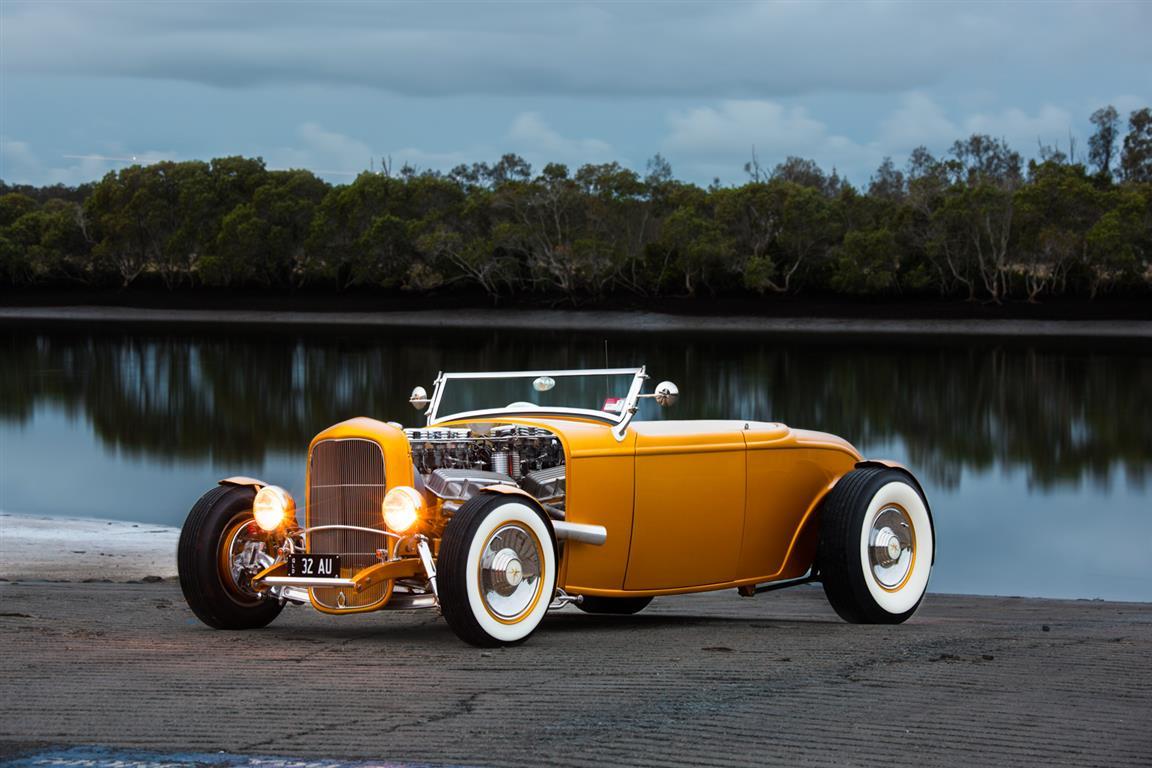 Roadster 2 (Medium).jpg