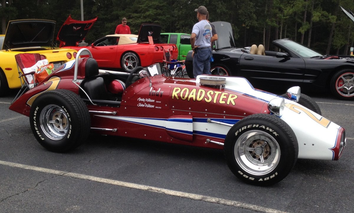 Roadster at Show.jpg