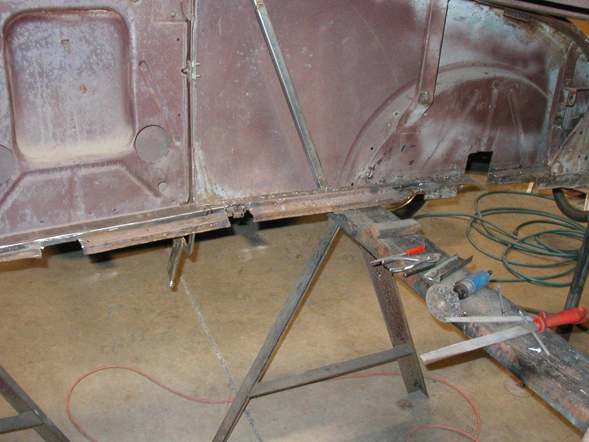 Roadster body project 3-29-11 003.jpg