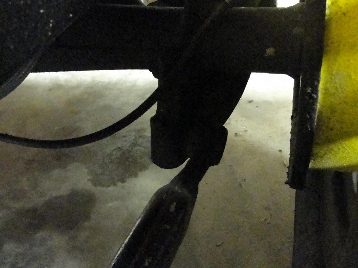 roadster suspension 5.jpg