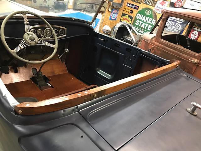 Roadster wood.jpg