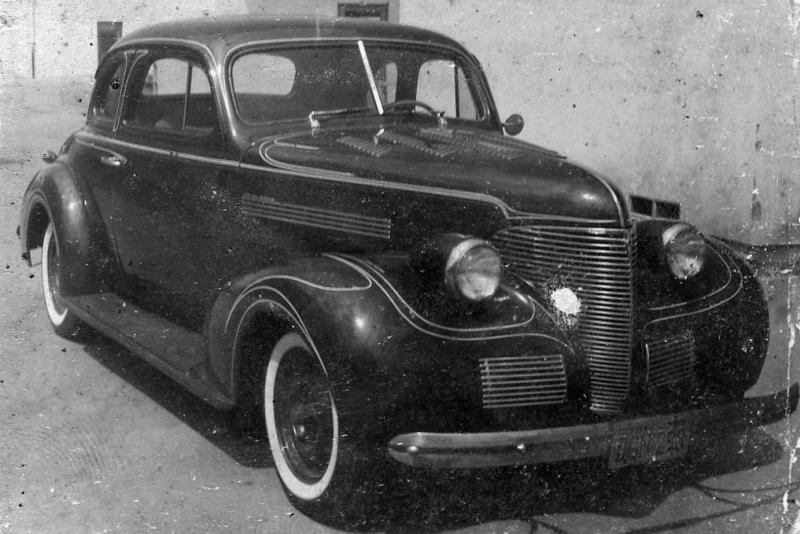 Rod Powell's '39 Chevy - striped by Donn Varner in 1958 (1).jpg