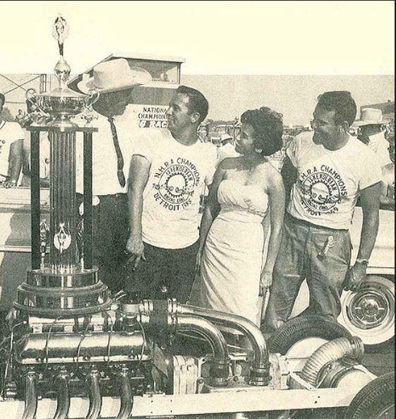 Rodney Singer & Miller 1959 nationals FE power.JPG