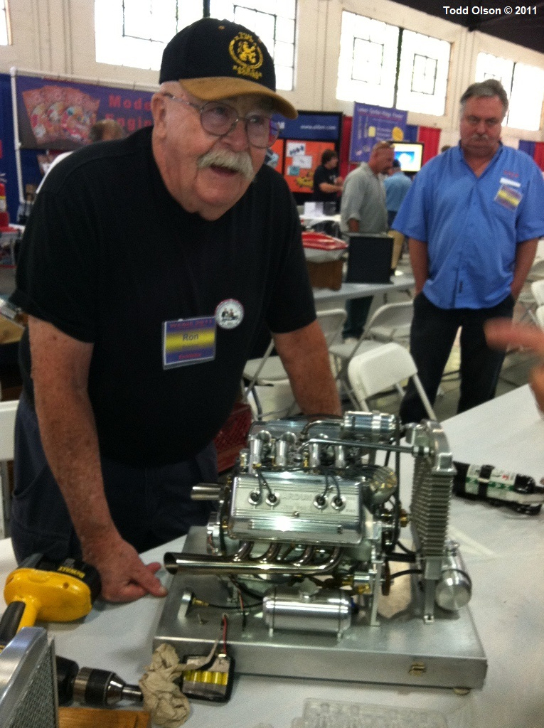 Ron Bement & his ARDUN Scale Model Engine @ the 25th GG WCNs.jpg