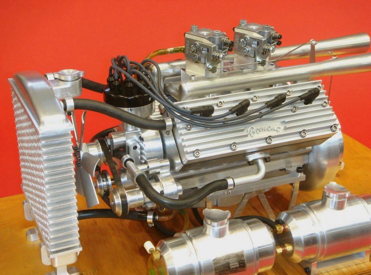 Ron Bement's Challenger Flathead V8 (4).jpg