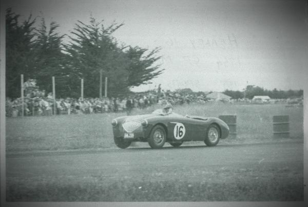 Ross Jensen  Austin Healey NZ Grand Prix Ardmore, 1954..jpg