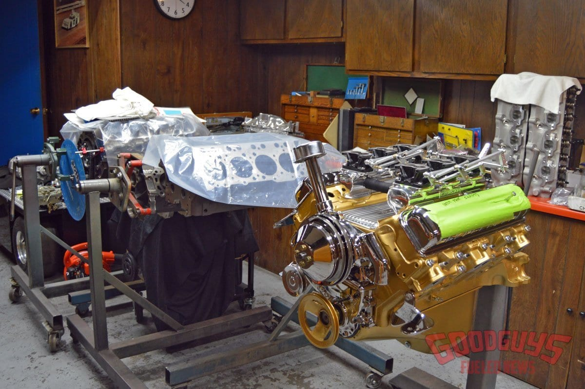 Ross-Racing-Engines-3.jpg