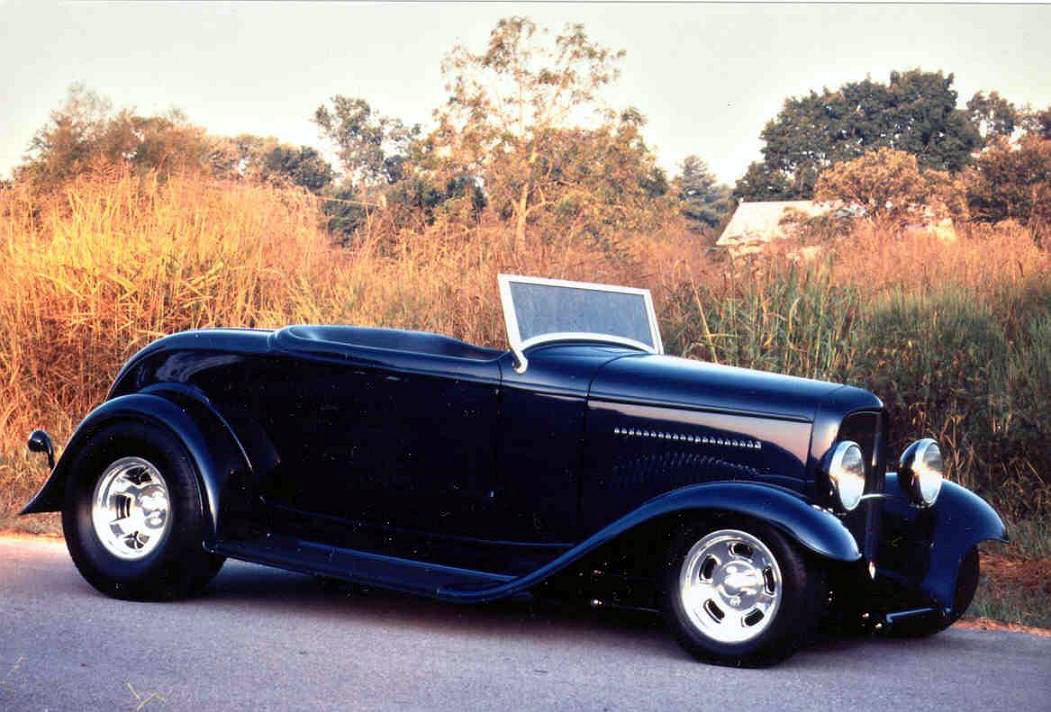 rothenberg's blue 32 roadster.JPG