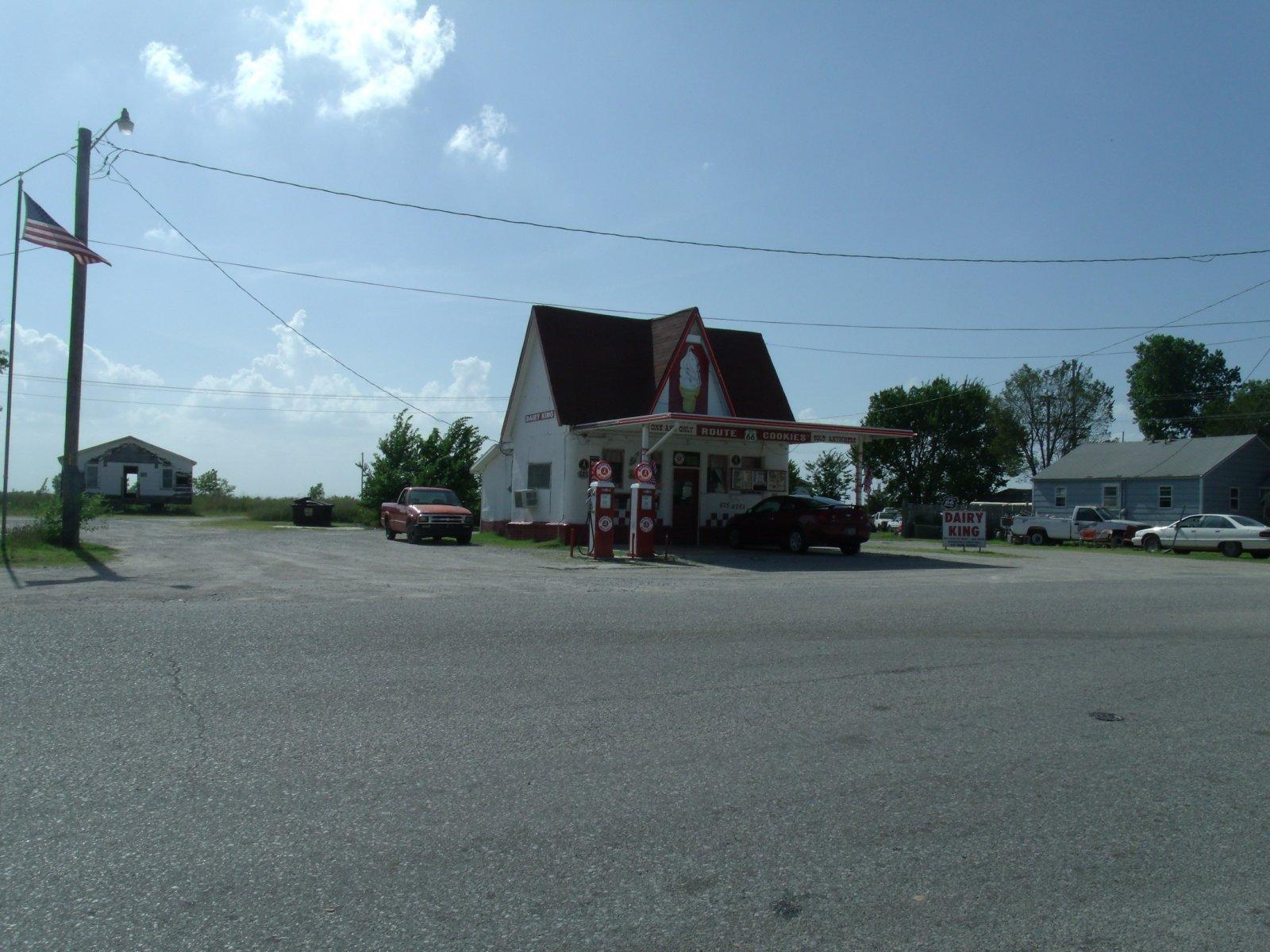 Route 66 day one 198 commerce ice cream.jpg