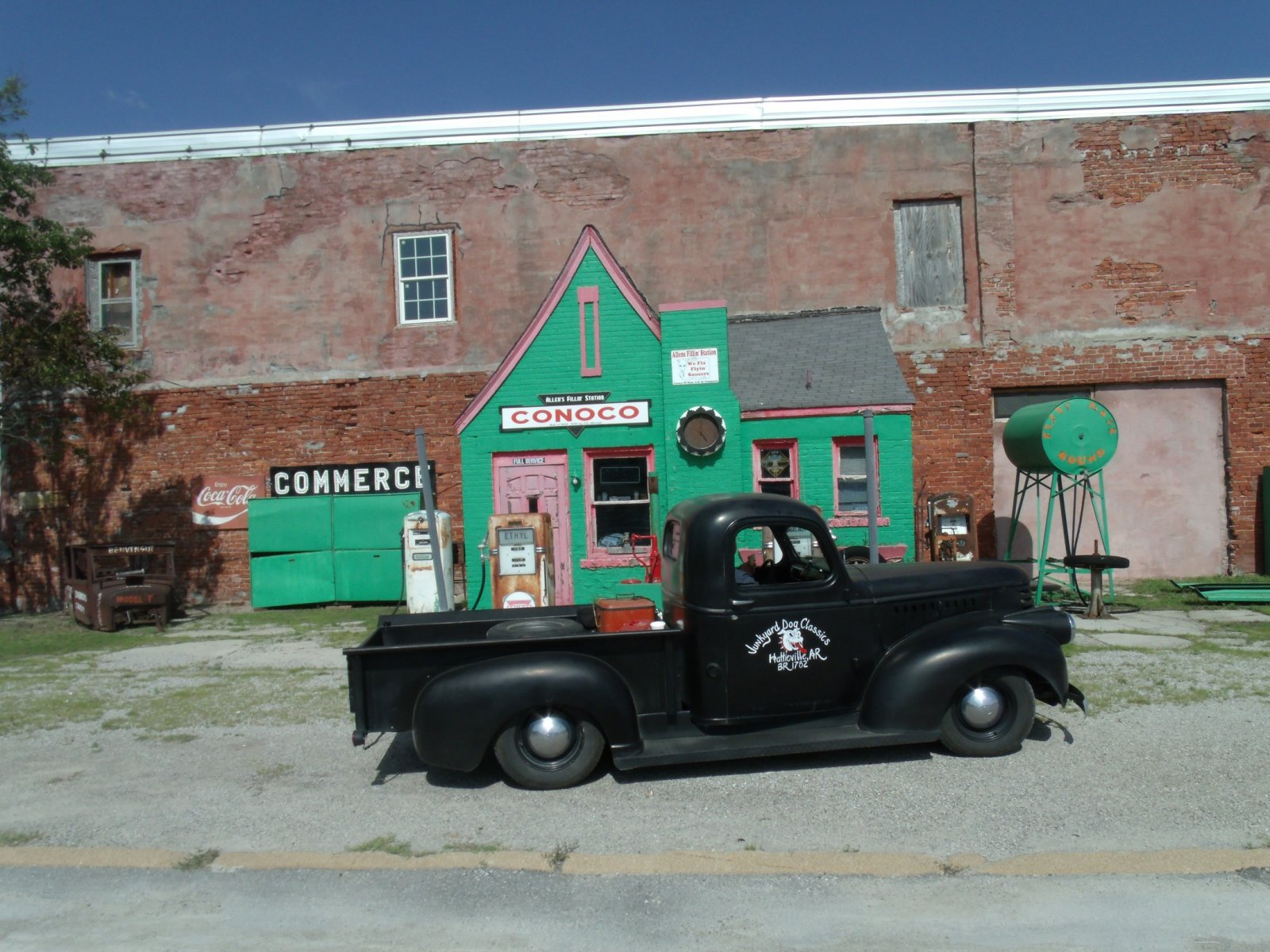 Route 66 day one 199commerce filling station.jpg