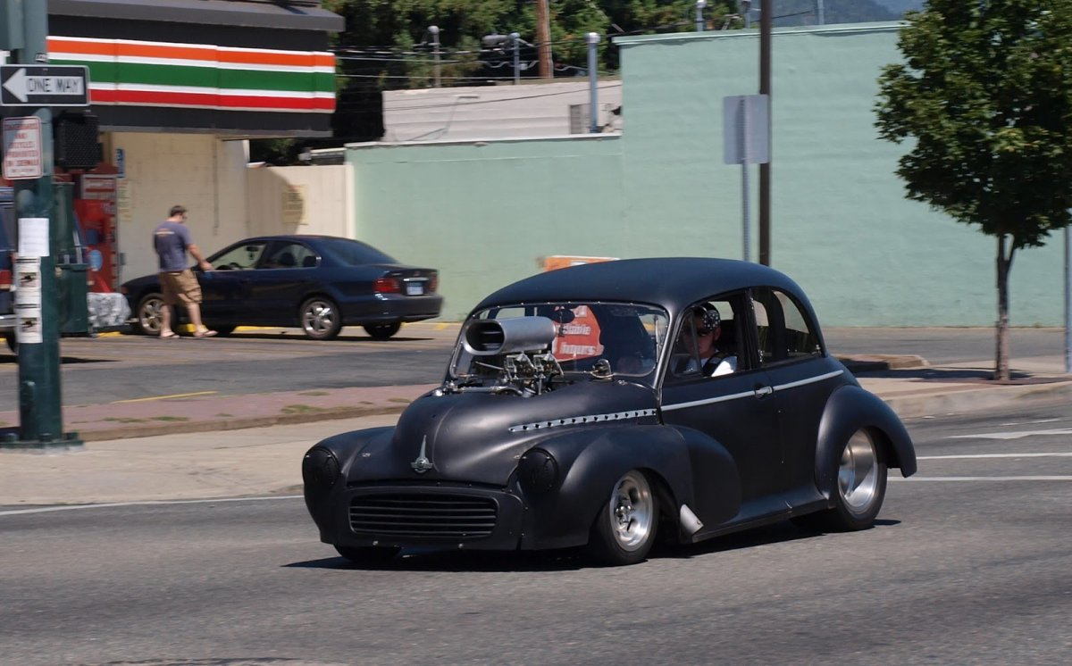 Scotty\'s morris on 6th street..JPG