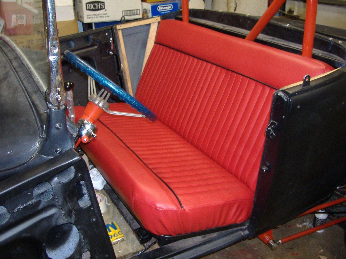 Seat done 11 30 05.jpg