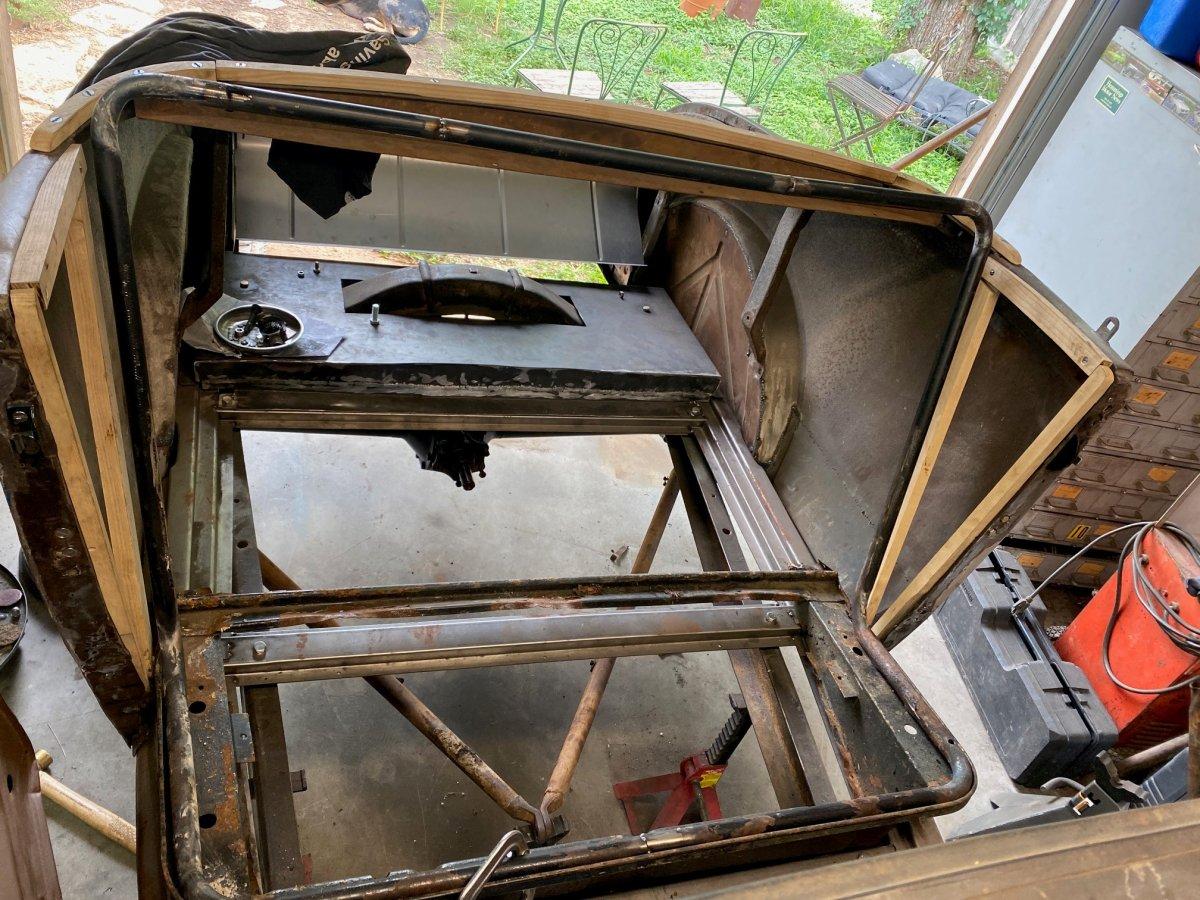 seat frame 4.jpg