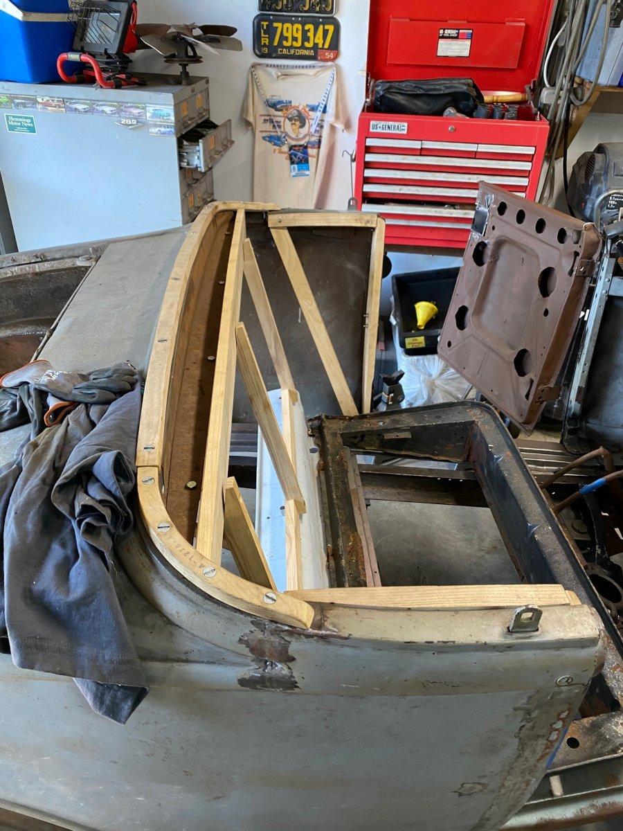 seat riser and wood instal 2.jpg