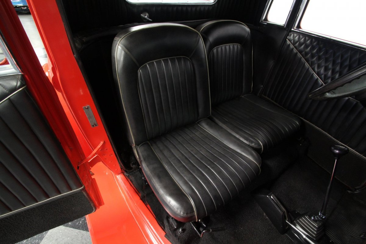 Seats in a 1933 Plymouth 5wd Coupe (4).jpg
