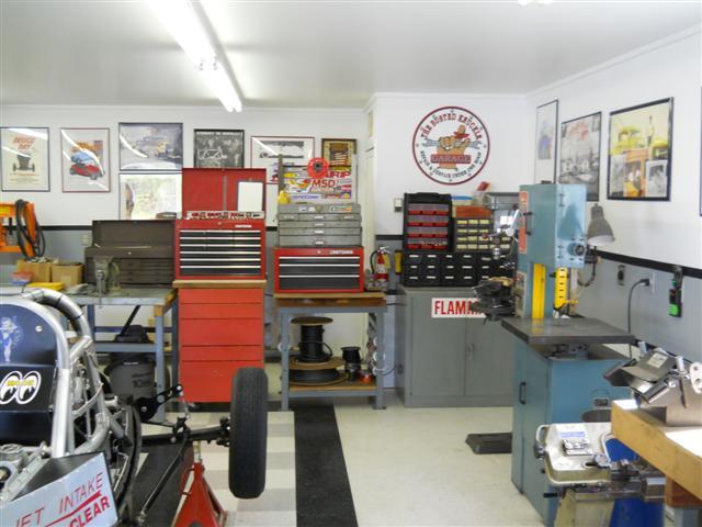 Shop Tour - Grass Valley March 2012 008 (Small) (2).jpg