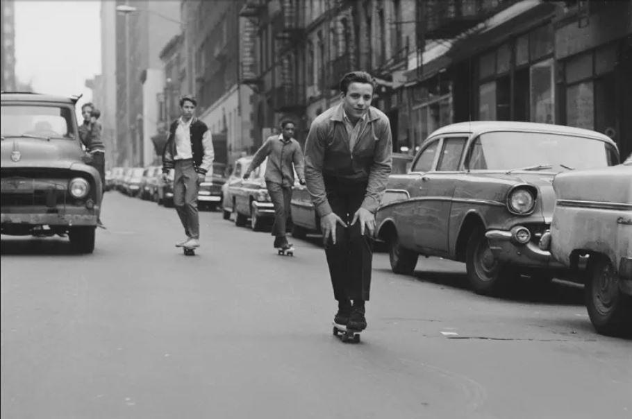 SidewalkSurfinNY.JPG