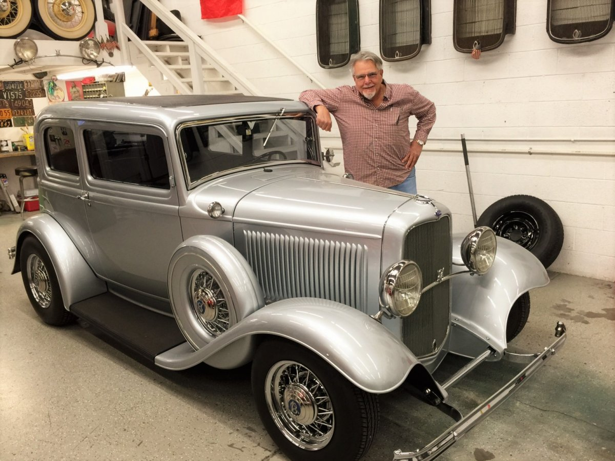 Silver Victoria '32 Ford Coup.JPG