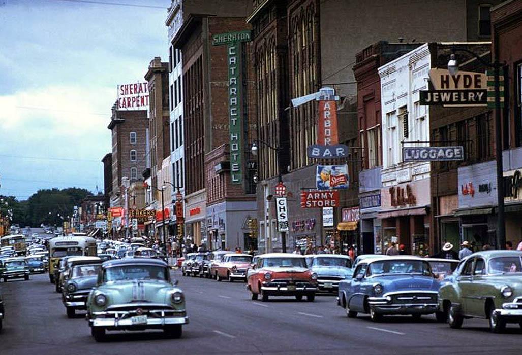 Sioux Falls, SD, 1958.jpg