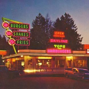 skyline-restaurant-neon-1950s-portland.jpeg