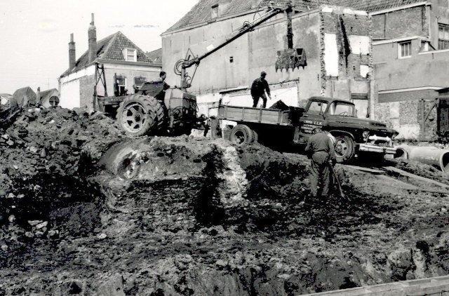 Sloop regenbak 1962 Lange Zelke.jpg