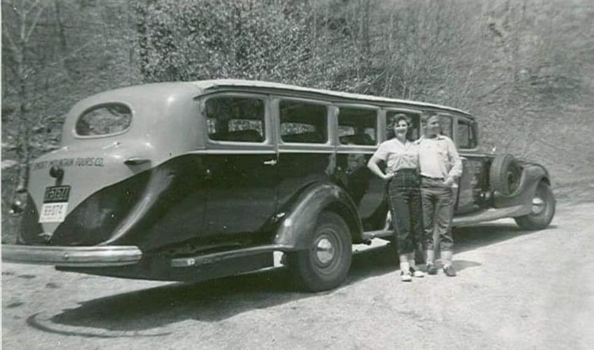 Smoky Mountain Tour vehicle.jpg