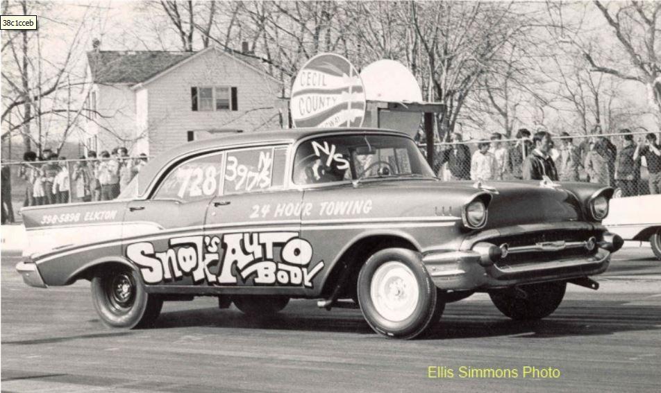 snook's auto body.JPG