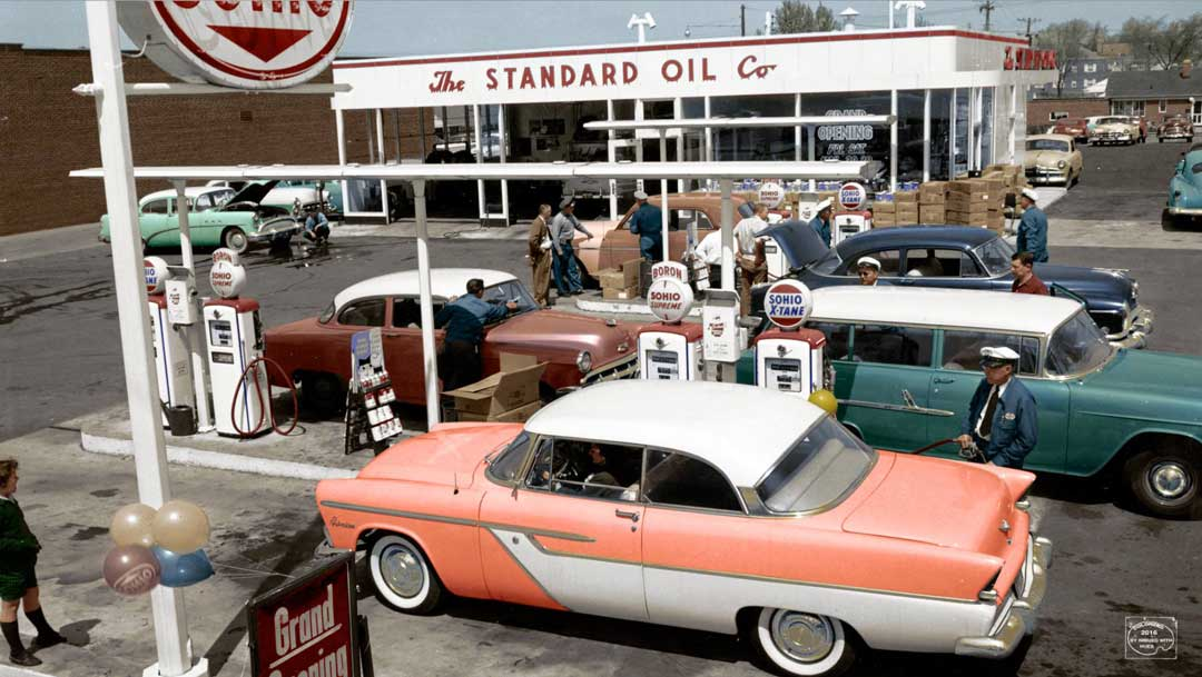 SOHIO-Standard-Oil-Co.-1950s-Gas-Station-Opening.jpg