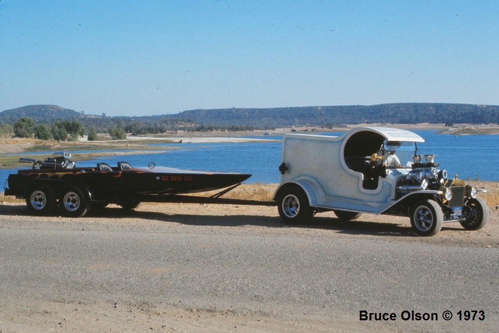Sonny Hallsworth's C-Cab & Boat @ Lake Camanche - 1973.jpg