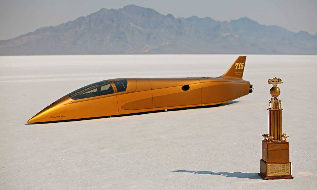 Speed Demon streamliner - HOT ROD Trophy winner at Speed Week 2016.jpg