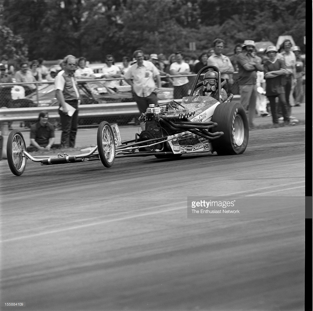 spring-nationals-bristol-dragway-inline6-dragster-picture-id155884109.jpg