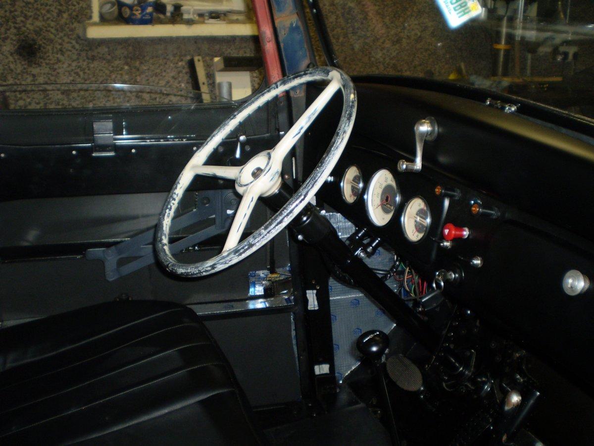 steering column final fit maybe 002.JPG