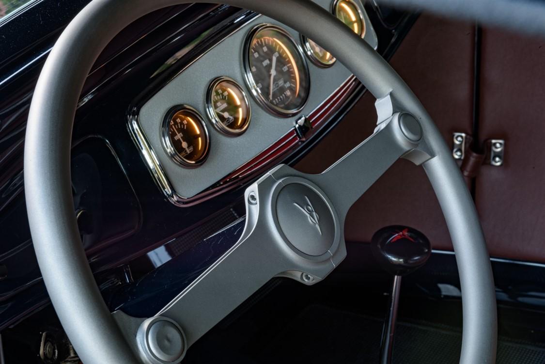 Steering Wheel#1 (1125 x 751).jpg