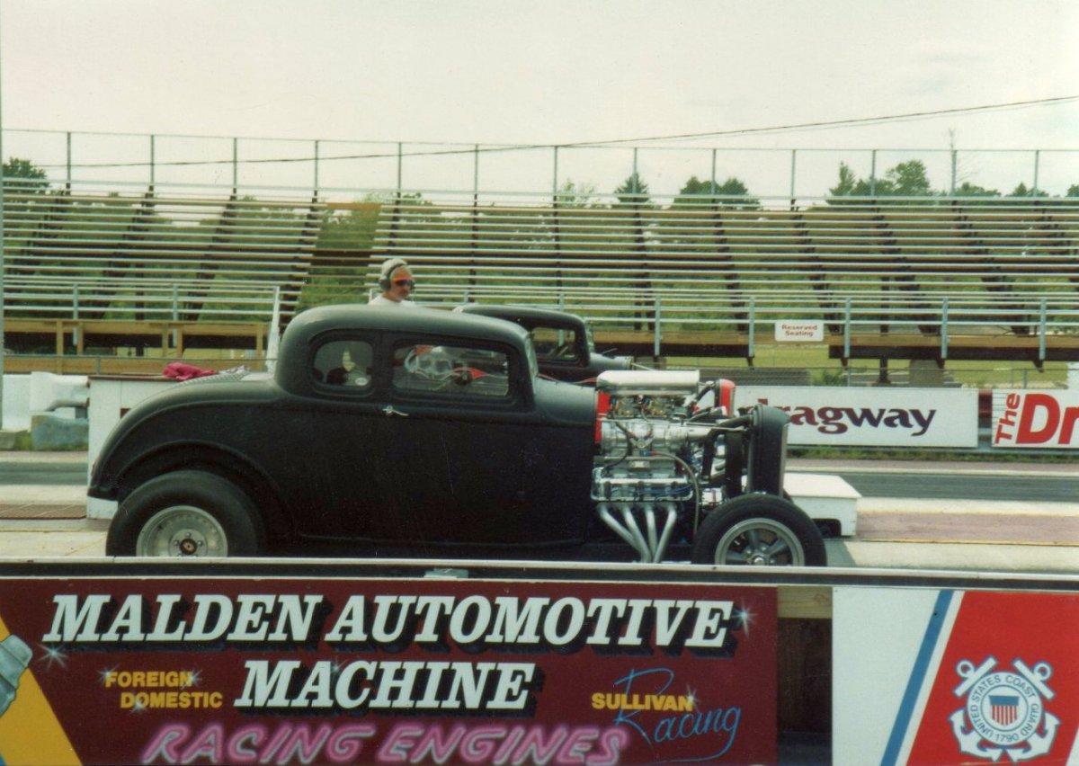 Steve and me lined up at N E Dragway.jpg