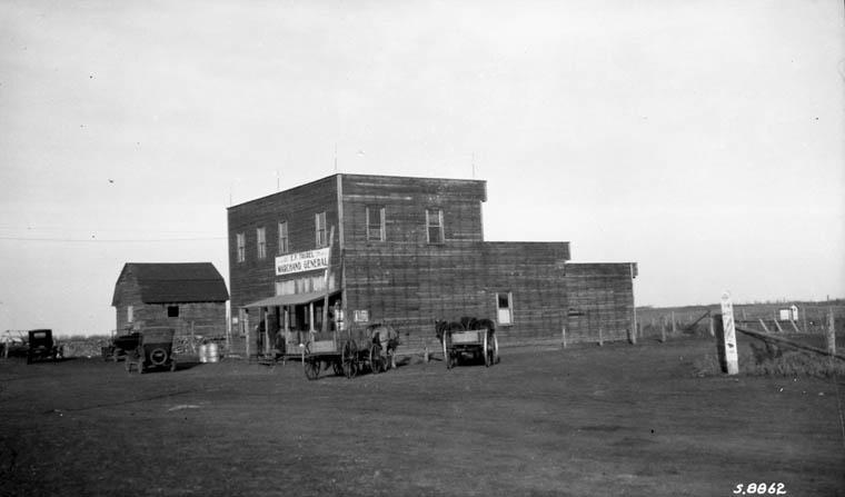 Store-14 Alberta 1924.jpg