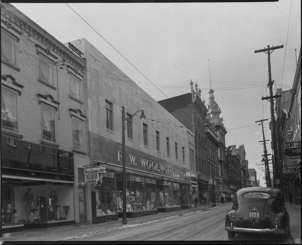 Store-4 PQ November 1942.jpg