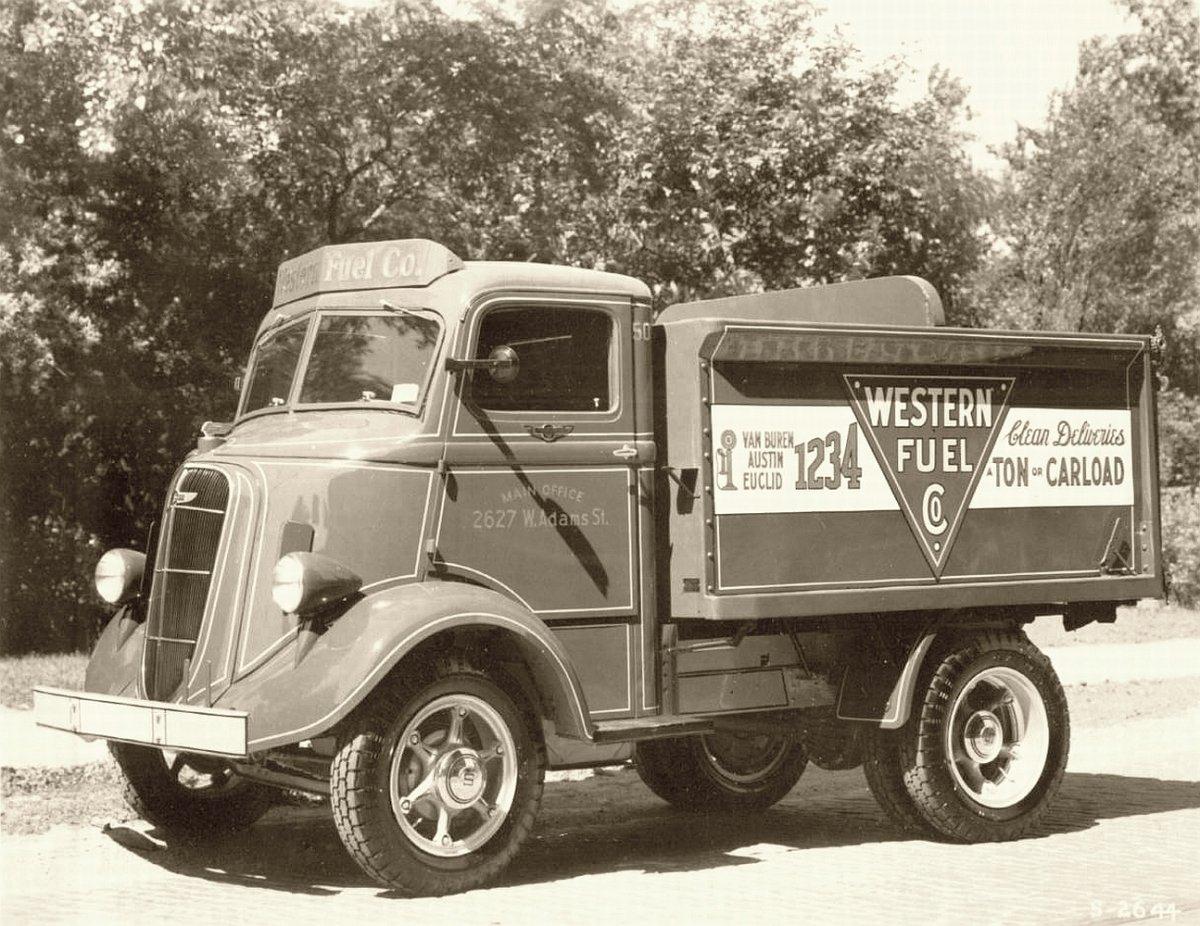 Studebaker-truck-western-fuel-company.jpg