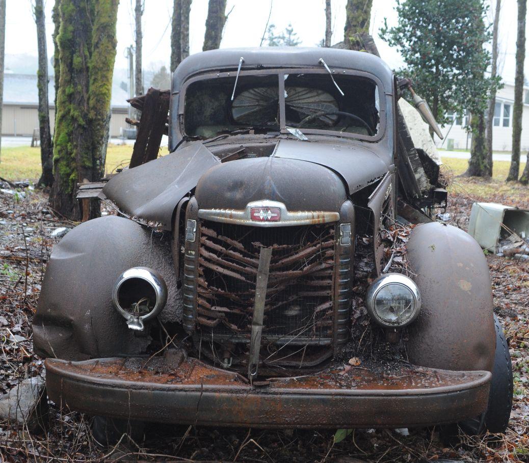 Sully's 1939 KB 7.JPG
