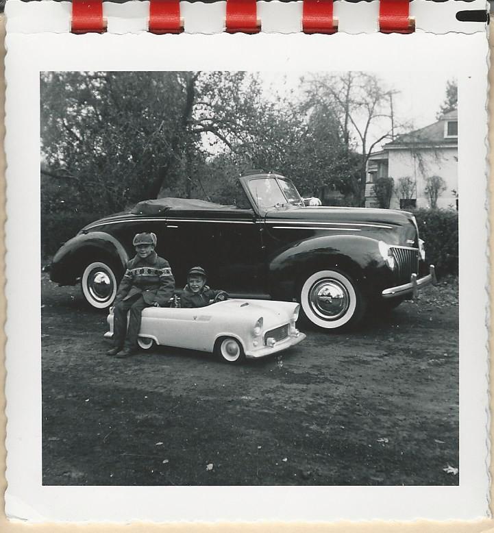 T-Bird Jr. & \'39 Ford #3.jpg