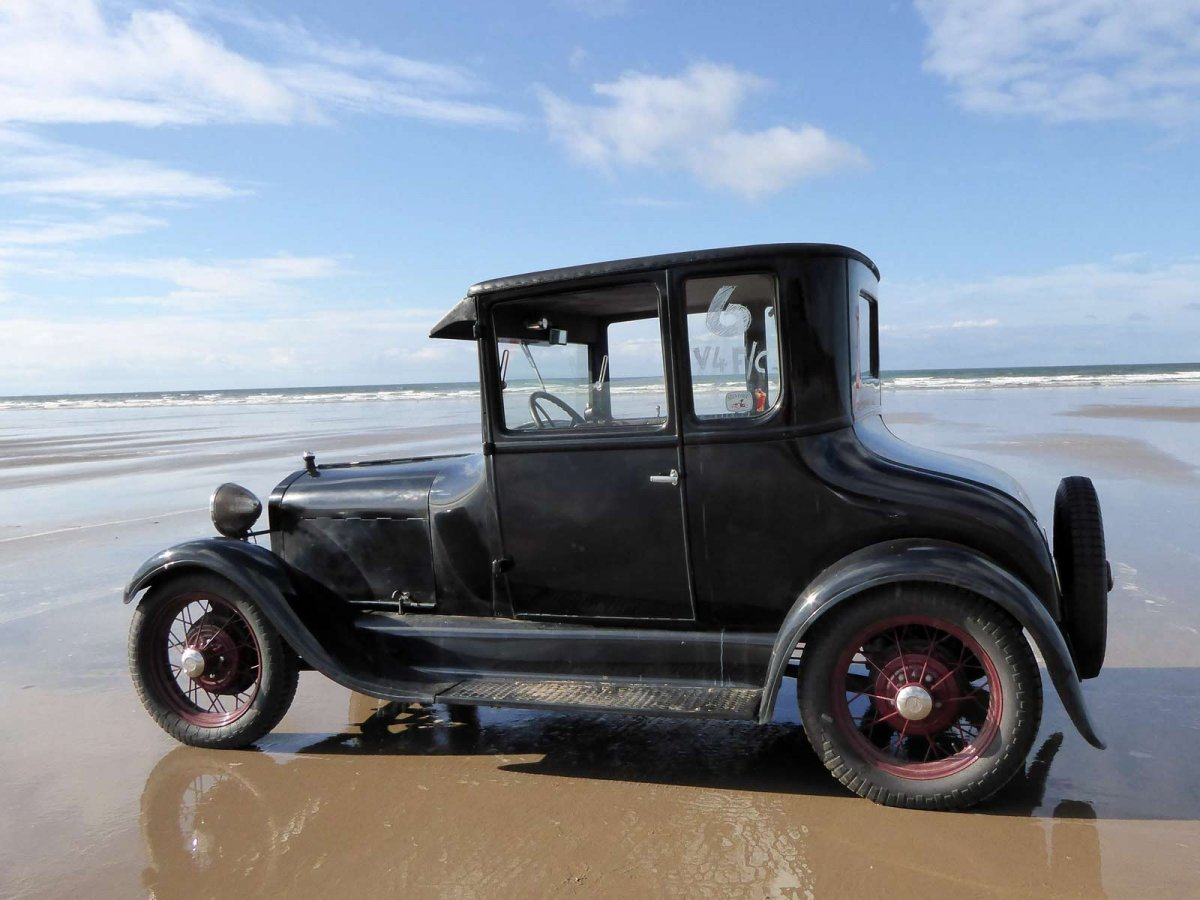 T-coupe-at-pendine.jpg