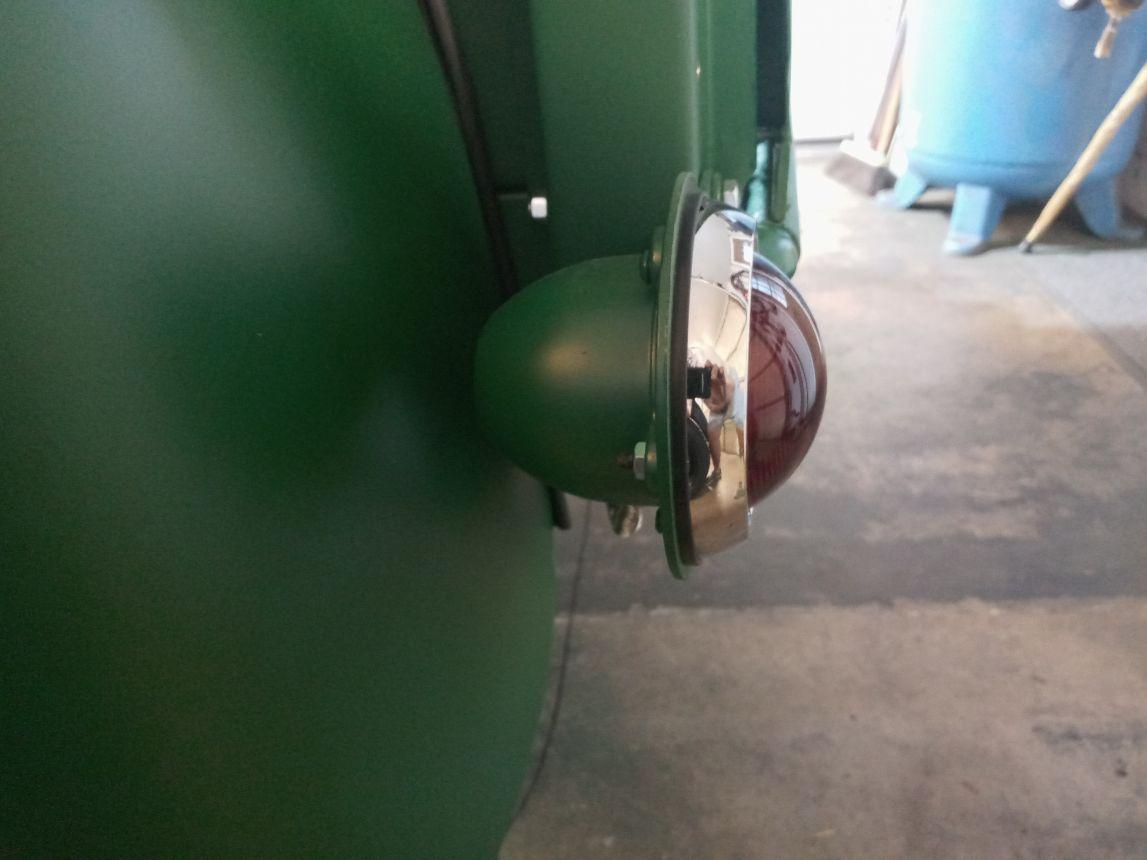 taillight 2.jpg